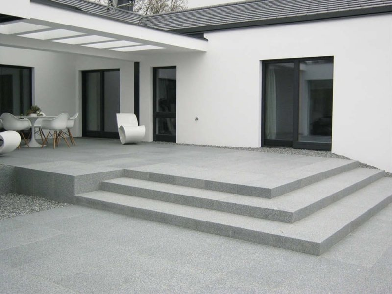 fuerstenstein-granite-paving-steps-terrace
